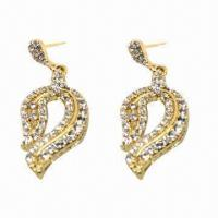 Wholesale Fashionable Stud Earrings, Golden Plating, Suitable for Parties or Anniversaries from china suppliers