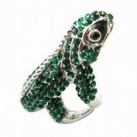 Wholesale Diamond ring, made of zinc alloy and rhinestones from china suppliers
