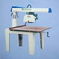 Buy cheap High Speed Automatic Woodworking Machinery Radial Arm Saw Machine For Cutting Wood from wholesalers