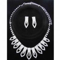 Wholesale Cup chain crystal jewelry set, Lead- and nickel-free from china suppliers