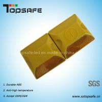 Wholesale Yellow Reflective Plastic Road Stud with Two Reflectors from china suppliers