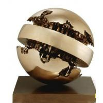 China Artificial Style Fine Art Sculpture , Handicraft Metal Globe Sculpture for sale