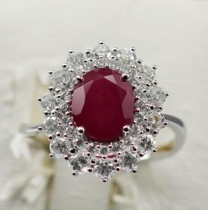 China 18 Karat White Gold Diamond Ring with Big Rube Gem Stone Ring KGR009196 on sale