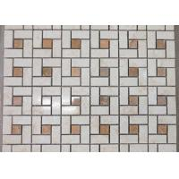 Spain Crema Marfil Marble Mosaic Tile For Wall Decoration Beige Color 305*305mm for sale