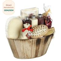 Portable Body Care Bath Gift Set Bamboo Wooden Basket Engraved Logo for sale