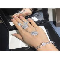 Wholesale Exquisite 18K White Gold Diamond Engagement Ring customizable For Ladies from china suppliers
