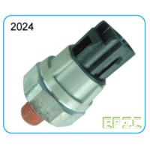 China Mitsubishi Series Engine Oil Sensor , Pressure Temperature Sensor SMN 137 360 for sale