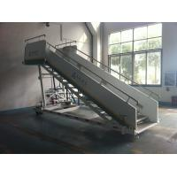 Wholesale Stable Aircraft Passenger Stairs 4610 kg Rear Axle Carrying Capacity from china suppliers