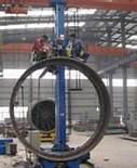 Wholesale WM 5050 Welding Manipulator with 2 workers are working at the boom front from china suppliers