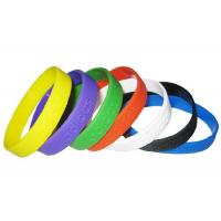 1/2 Inch Wristband Adult Size Plain Silicone Wristband Bracelet / Customized Embossed Bracelets for sale
