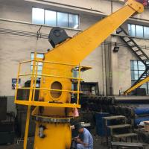 China 4 Ton Marine Stiff Boom Crane , Electric Hydraulic Deck Crane 12 Months Warranty on sale