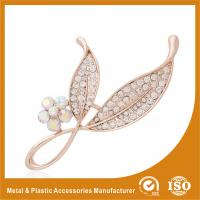 China Anniversary / Wedding Fashion Jewelry Brooches , Small Crystal Brooches on sale