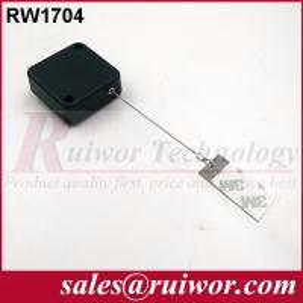 RW1704 L.jpg