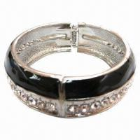 Wholesale Fashion Metal Bracelet with Double- layer Lacquer Dome and A-row Rhinestones from china suppliers