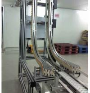 Quality Flexible Hoister Conveyor Gripper Conveyor System For Bottles Transfer for sale