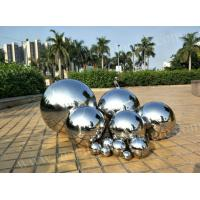 China Modern Artwork Stainless Steel Ball Sculpture Mirror Polished Surface Customized Size for sale