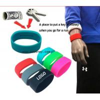 China High quality custom silicone Arm Pocket Band, Silicone Wristband With Pocket for sale