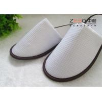 Wholesale White Spa Slippers Anti Slip , EVA Dots Hotel Bathroom Slippers from china suppliers