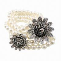Wholesale Fashion Beaded Bracelet with Flower Metal Accessories from china suppliers