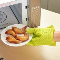 China high quality traditional long silicone oven heat gloves hot mitts on sale