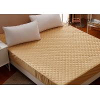 Buy cheap 180GSM Queen King Size Mattress Protector Waterproof For Hotel / Home from wholesalers