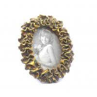 Wholesale Environmentally Antique Oval Gold Picture Frames With Petal Leaf Waved Twist Border from china suppliers