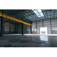 China Modern Industrial Steel Workshop Buildings PU Sandwich Panel Wall With Overhead Crane for sale