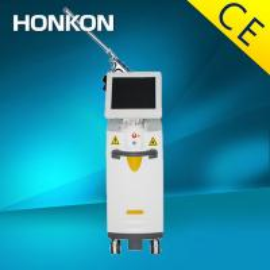Quality Surgery Co2 Fractional Laser Machine For Skin Rejuvenation / Pigmentation Skin Treatment for sale