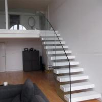 Wholesale Customized Floating Stairs / Cantilevered Staircase with Oak Wooden Tread from china suppliers