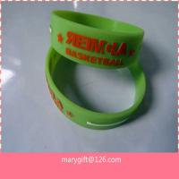 1 inch embossed with color silicone bangles for sale