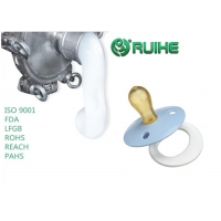 China Custom LSR Liquid Silicone Injection Molding for Baby Feeding Nipples on sale