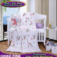 China Reactive Printing Polyester Thin Summer Filling Microfiber Comforters Queen on sale