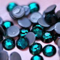 China Hot Fix Rhinestone, Emerald, Top Quality on sale