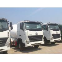 Wholesale Sinotruk HOWO 6x4 Concrete Mixer Trucks Concrete Mixing Equipment in White,8 Cubic Meters from china suppliers