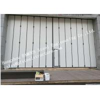 China Aluminum Alloy Frame Upper Track Industrial Accordion Doors For Aircraft Hangar on sale