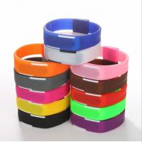 China Fashion Rubber Led Watch Outdoor Promotional Gift With Quartz Movement on sale