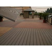 China Solid Wood Plastic Decking Eco Friendly UV Proof WPC Composite Decking on sale