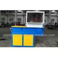 China Single Shaft Plastic Lump Shredder , Plastic Recycling Machine Large Propulsion on sale