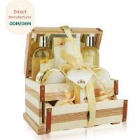 China Hydrating Relaxing Bath Gift Sets With Mirror / Smoothing Girls Bath Gift Set on sale