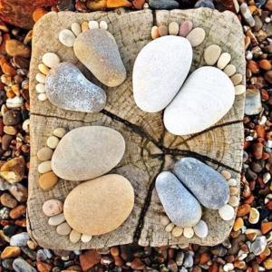 Wholesale Rock Footmark Small Cobblestones For Garden Cute Sidewalk Backyard from china suppliers