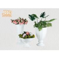 Wholesale Footed Glossy White Fiberglass Wedding Centerpiece Table Vases 2 Piece from china suppliers