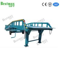 China Long Life Hydraulic Portable Loading Dock Ramps For 8 Tons Laoding Capacity for sale