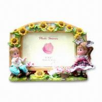 China Polyresin Photo Frame, with Lovely Design Style, for Table and Home Decoration on sale