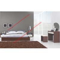 Wholesale Modern italian fabric upholstery pad for gloss bedroom furniture by bed and nightstand from china suppliers