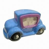 China Polyresin Car-shaped Money Box with Photo Frame, Unique and Lovely Style, Ideal for Gift Purposes on sale