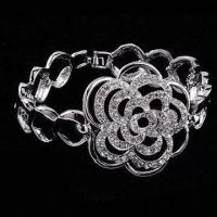 China Fashionable Bridal Bracelet, Suitable for Wedding, Party and Gift on sale