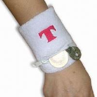 China Wristband with Zipper Pocket and Terry Cloth Outside, Made of Cloth on sale