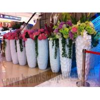 Wholesale Huge Life-size Fiberglass Planters Sculptures as Pub Ornament from china suppliers