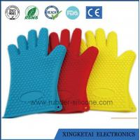 China Perfect FDA Highest Rated Heat Resistant Five Fingered Grilling Oven Silicone Glove on sale