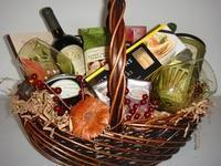 Buy cheap Custom Gift Basket Ideas Chocolates & Crackers from wholesalers